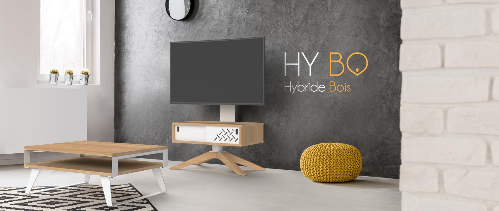 Ensemble Hybo 72cm et table basse en chêne dans un salon moderne.